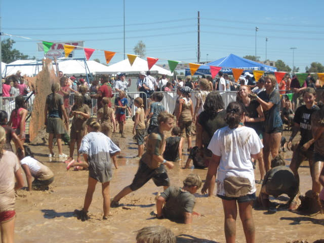 hysteria at the mighty mud mania