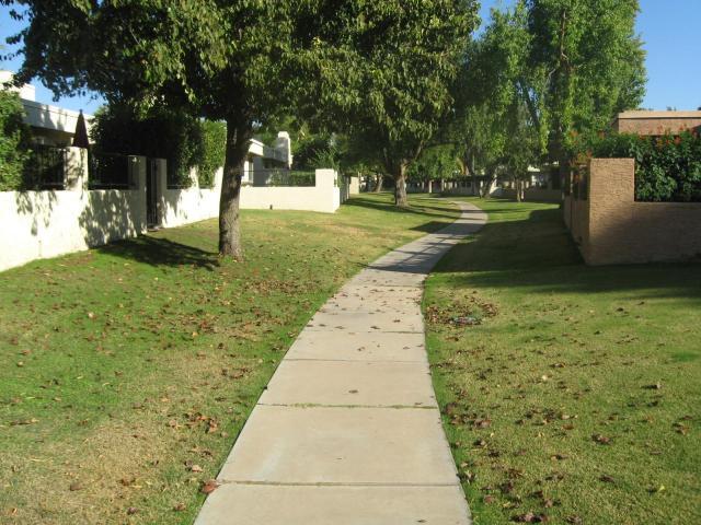 Heritage Village 3 Walking Path